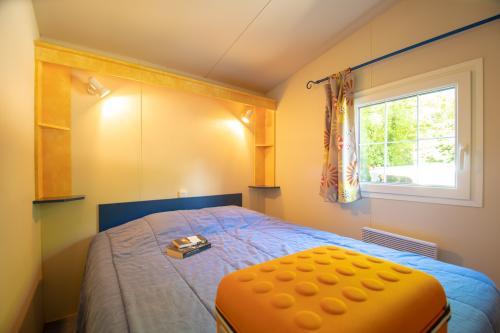 camping les eaux chaudes cottage 3 chambres 05